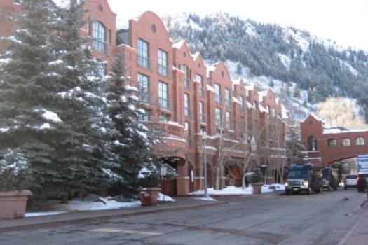 Where To Stay In Aspen Colorado