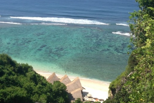 Sunday's Beach Club in Uluwatu Bali