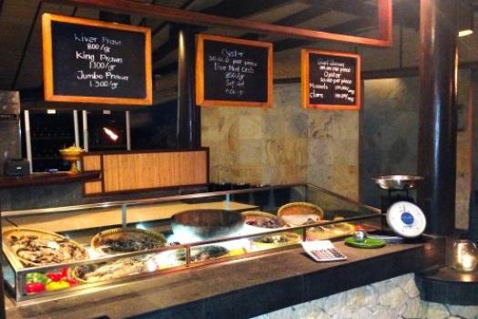 Bali: Uluwatu Ayana Hotel's Kisik Bar and Grill