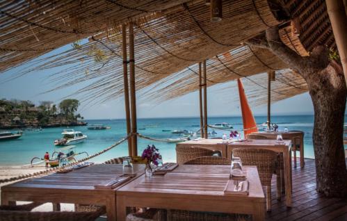 Nusa Lembongan Island Hai Bar