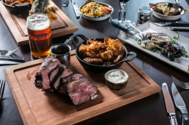 River Roast Chicago With Amazing Meats & River Views