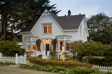 The Charming Blue Door Inn of Mendocino