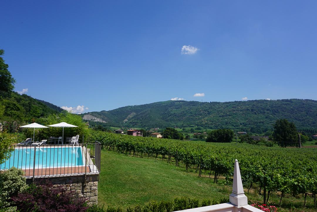Winetasting in Franciacorta Italy