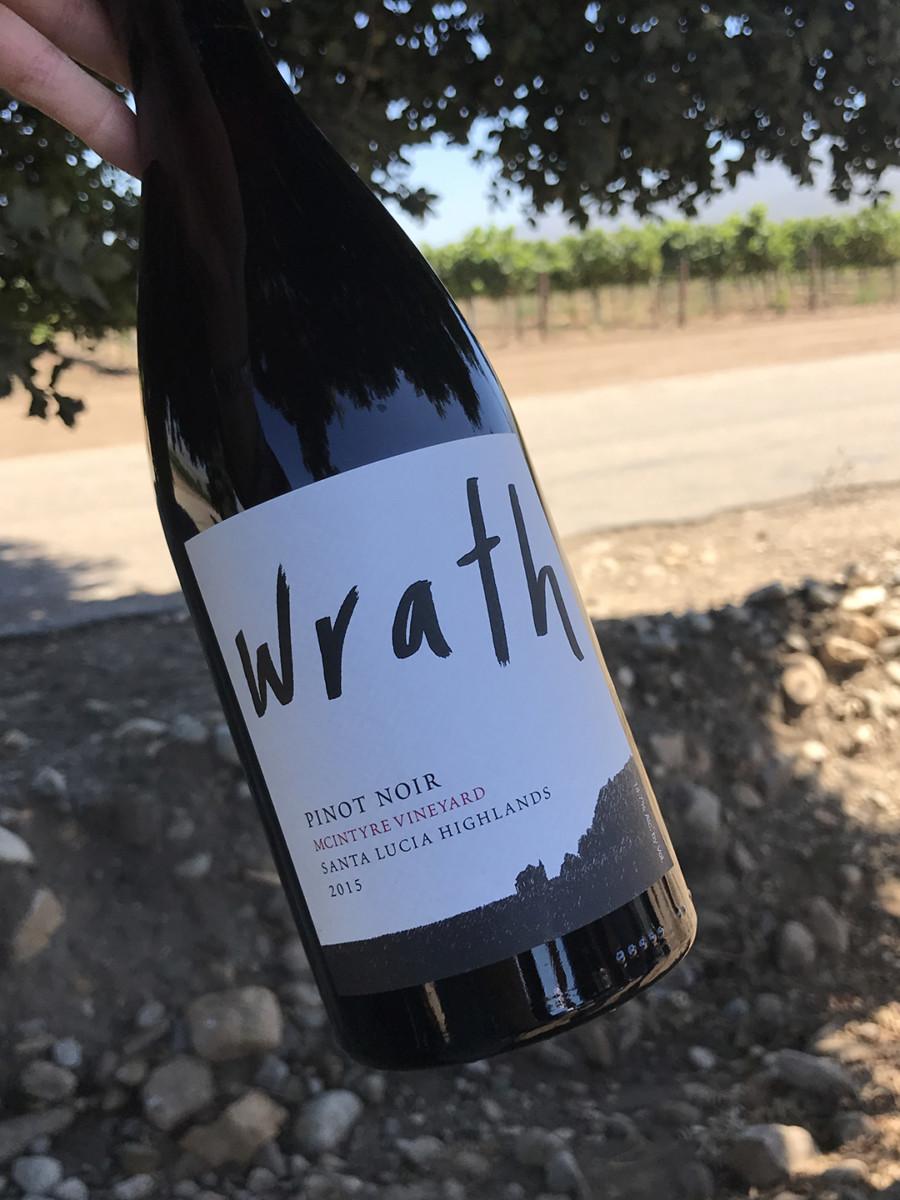 Santa Lucia Highlands Wineries