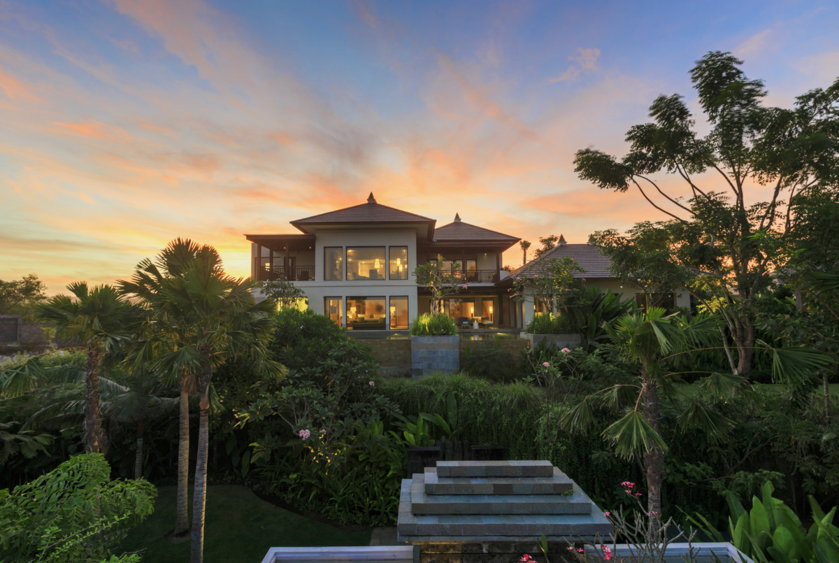 The Ritz-Carlton, Bali - Cliff Villa